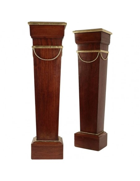 Pair of Sheaths, Consoles