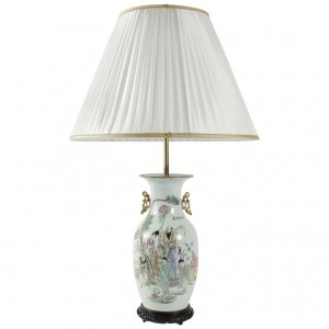 Lampe chinoise en porcelaine début du XXe