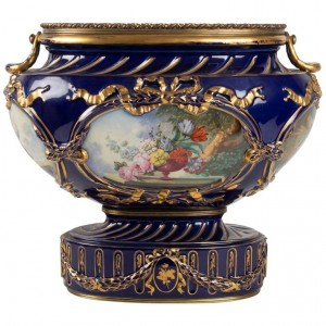 Cup, Epoque Napoleon III, Oval Shape, 4 Cartridges Paint Bouquets Of Flowers, 1880