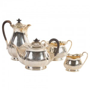 Set of kettles, early 20th century.
