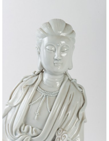 Guanyin with Scepter and Lotus Basket